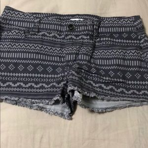 Shorts Size 2